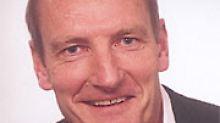 Prof. Dr. Wolfgang Blendinger vom Institut für Geologie und Paläontologie der TU Clausthal ist Leiter der dortigen Abteilung für Erdölgeologie und Vorsitzender von ASPO Deutschland, der Association for the Study of Peak Oil and Gas.