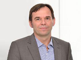 Hermann-Josef Tenhagen ist Chefredakteur der unabhängigen Verbraucher-Website Finanztip.