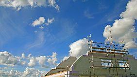 Bei der Baufinanzierung sollten Angehörige abgesichert werden.