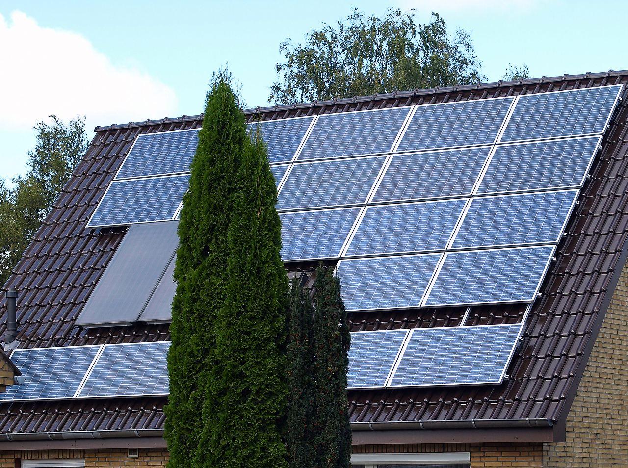 viele argumente sprechen dagegen schnell solarstrom aufs dach n. Black Bedroom Furniture Sets. Home Design Ideas