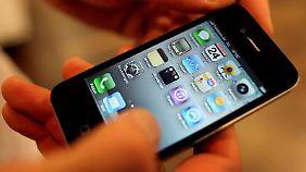Der Ansturm auf das iPhone 4 ist groß.